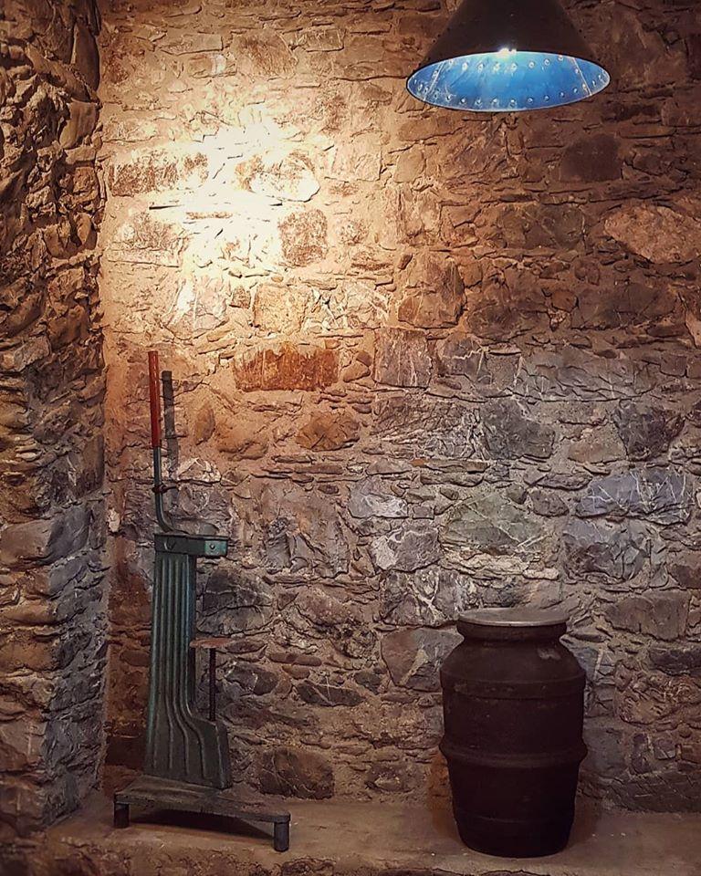Oggetti antichi cantina La Chiosa